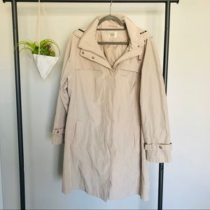 Gallery Woman Khaki Jacket